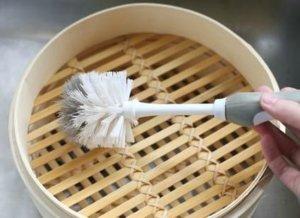 Cómo limpiar una cesta de bambú al vapor