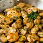 Mantequilla de pollo con ajo y champiñones